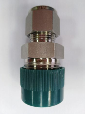 "1/2"" OD x 3/4"" NPT Male Connector"